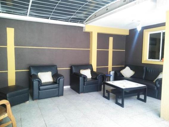 Casa En Venta Barquisimeto Ciudad Roca 20-4670 Jg