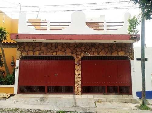 Casa En Venta José Barajas Carrillo # 126 Colonia Azaleas, Villa De Álvarez