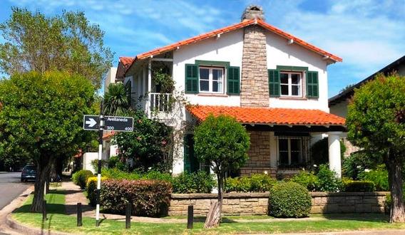 Casa - Chalet En Venta En Playa Grande