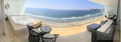 Cad Solar Ocean 1903. Terraza Con Jacuzzi Y Vista Al Mar