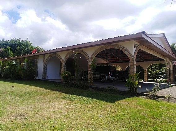 Se Alquila Casa Recién Remodelada En $925 Dolares Mensuales