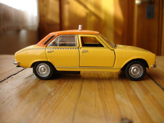 Peugeot 504 1975 Taxi Amsterdan Holanda Escala 1/38 Welly