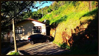 Casa Mista No Bairro Progresso Com 02 Dormitórios E Demais Dependências. - 3575940