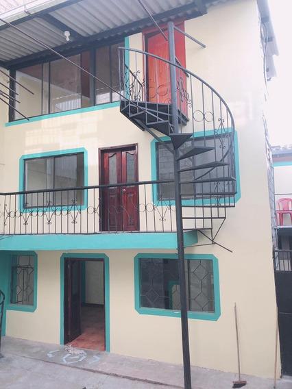 Casa De 3 Pisos De Arriendo En El Centro De Sangolqui