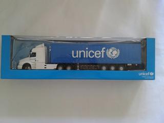 Camion Unicef Volvo Nh12 Globetrotters De Coleccion Esc 1/43