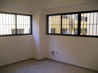 Lujoso Y Espacioso Apartamento Para La Venta O Alquiler