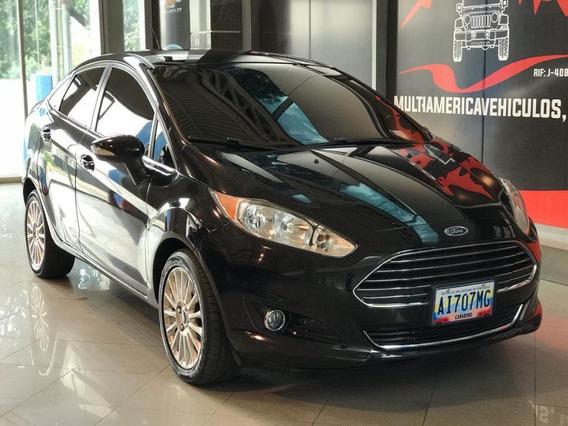 Ford Fista Titanium Sedan