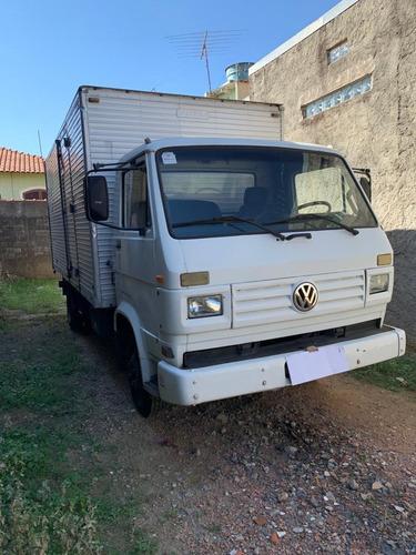 Imagem 1 de 8 de Volkswagen 7100