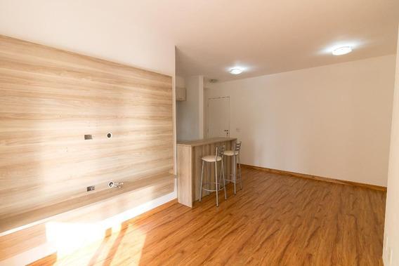 Apartamento No 6º Andar Com 2 Dormitórios E 1 Garagem - Id: 892990256 - 290256