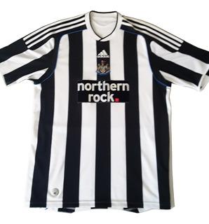 Camisa Oficial Newcastle United - adidas 2009/10 Home Kit