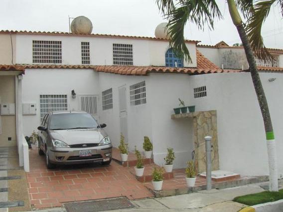 Casa En Venta La Rosaleda Lara Rahco