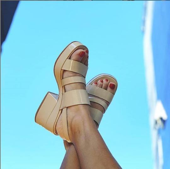 Sandalias Suecos Zapatos Sibyl Vane Camel