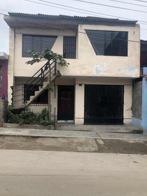 Casa De 2 Pisos Techados De 140m2