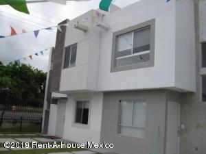 Casa En Venta En Rincones Del Marques # 20-195