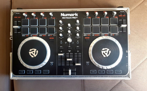Controladora Dj Numark Mixtrack Pro 2 + Case