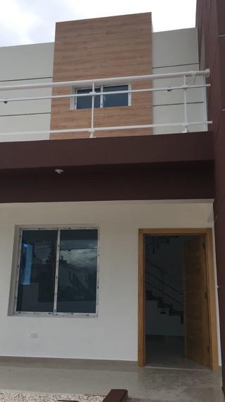 Residencial De Casas En Venta