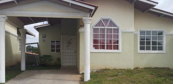 Alquiler De Casa 3 Cuartos 2 Baños 450 Mensuales