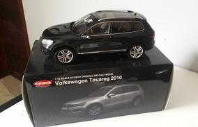 Volkswagen Touareg 2010 Kyosho 1:18