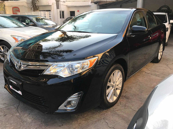 Toyota Camry 2.5 Xle L4/ At 2014