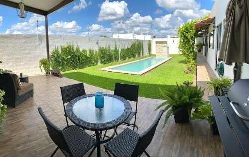 Espectacular Residencia Dzityá, Lista Para Habitar, 3 Habits, Tv Room, Alberca