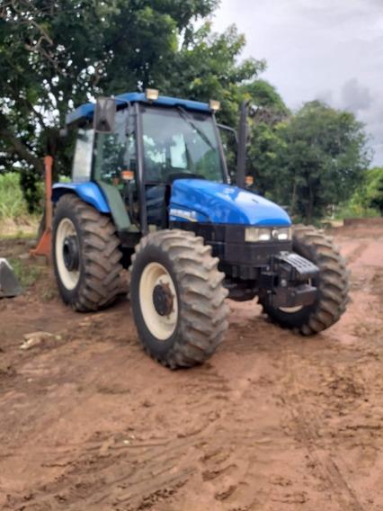 Trator New Holland 2012/ Batatais Caminhões