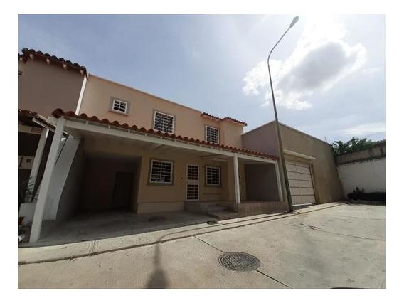 Casa En Alquiler Cabudare Av Ribereña 20-5148 Jm 04145717884