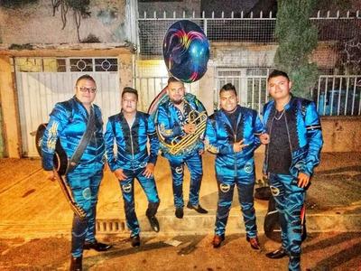 Grupo Norteño Banda Y Norteño **real Del Aguila 2