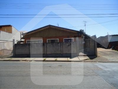Ref.: 598 - Casa Terrea Em São Carlos Para Venda - V598