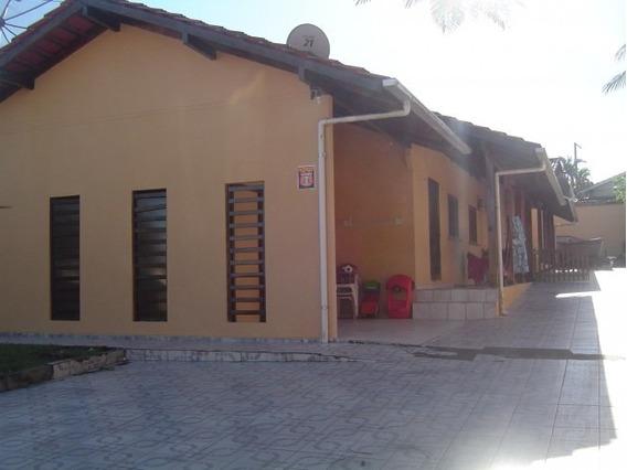 Casa Para Venda No Centro Em Balneário Piçarras - Sc - 179
