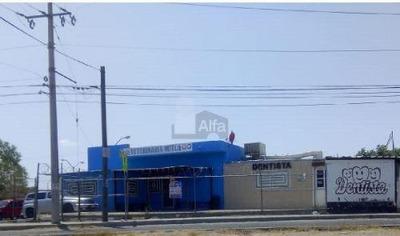 Venta Esquina Comercial En Torres Del Sur, Cd. Juárez, Chih.