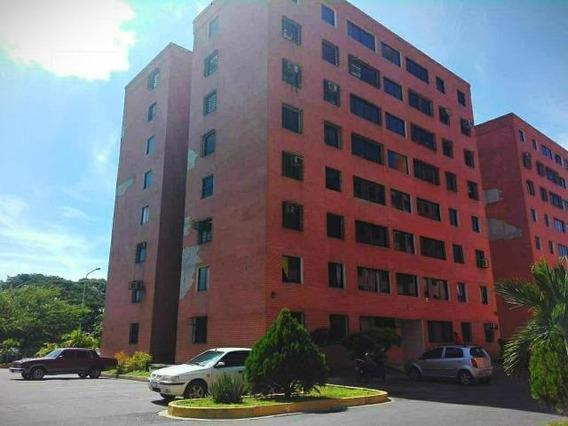 Apartamento En Venta Urb. San Jacinto- Maracay 20-3330hcc