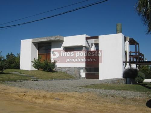 Casa En Manantiales, El Chorro   Ines Podesta Ref:2000- Ref: 2000
