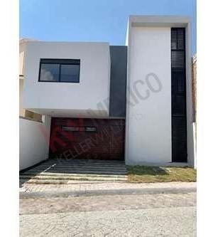 Casa Nueva En Venta Excelente Ubicación Milenio Lll $3,650,000.00