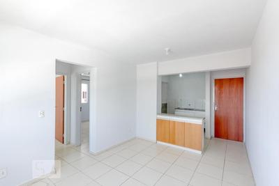 Apartamento No 3º Andar Com 2 Dormitórios E 1 Garagem - Id: 892919139 - 219139