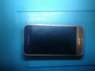 Celular J1 Mini, J105