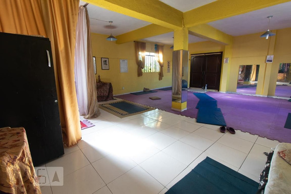 Casa Com 2 Dormitórios E 2 Garagens - Id: 892972841 - 272841