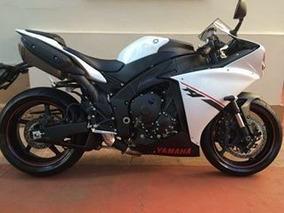 Yamaha R1 Novíssima!!!