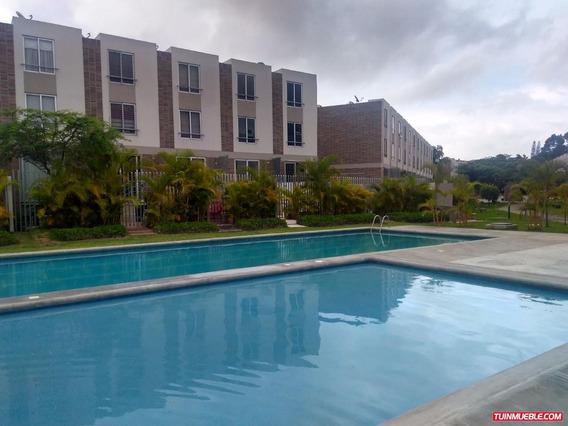 Townhouse En Colinas Del Viento