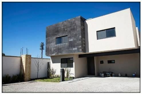 Casa En Venta - Jurica - C1088