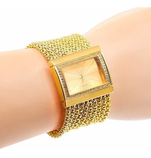 Relógio Feminino Tipo Bracelete Dourado.