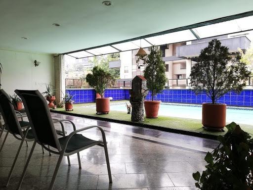 Apartamento En Arriendo Poblado 447-9125