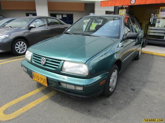 Volkswagen Vento Cl 1.8 Mt