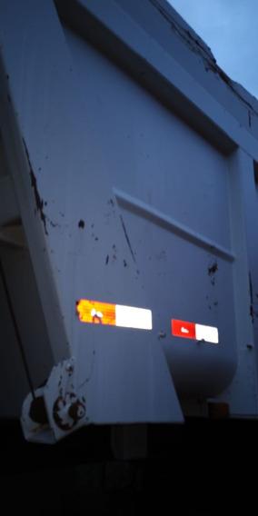 Basculante Galego 2009 Branca Muito Conservada