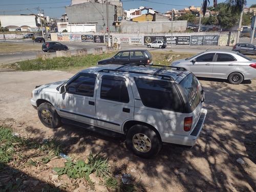 Imagem 1 de 8 de Chevrolet Blazer 1998 2.2 Std 5p