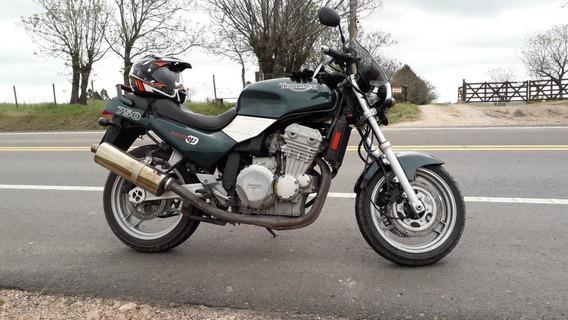 Triumph Tridente 750