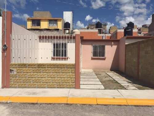 Casa Sola En Venta Fraccionamiento Villas De Atitalaquia , Atitalaquia, Hidalgo.
