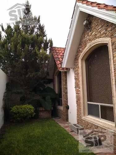 Venta Hermosa Residencia, Los Pinos, Saltillo