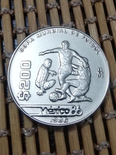 Imagen 1 de 4 de Moneda De Colección Mundial De Fútbol 1986 Denominación $200