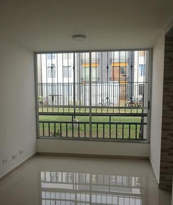 Apartamento En Arriendo Valle Del Lili 751-69
