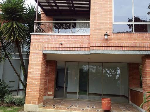 Casas En Venta Altos Del Poblado 472-473